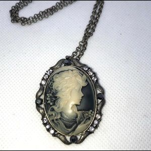 Beautiful Grayscale Cameo Necklace